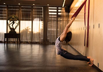 Elixr Health Clubs Yoga Courses Exercise